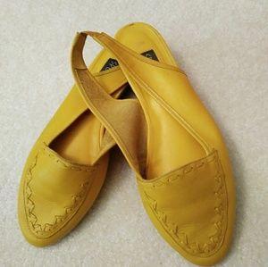 Vintage leather mustard sling back flats sandals